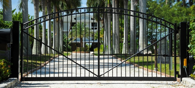 Electric Gate Repairs & Installation Services in Beverly Hills